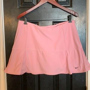 Nike athletic skort size large pink